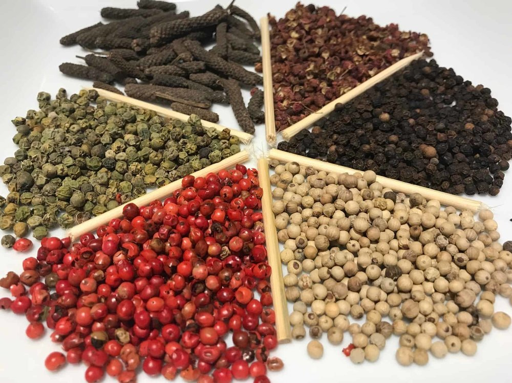 black red white green peppercorns