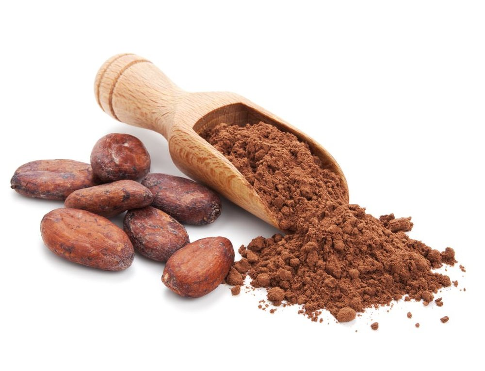 ground cocoa powder and cacao beans