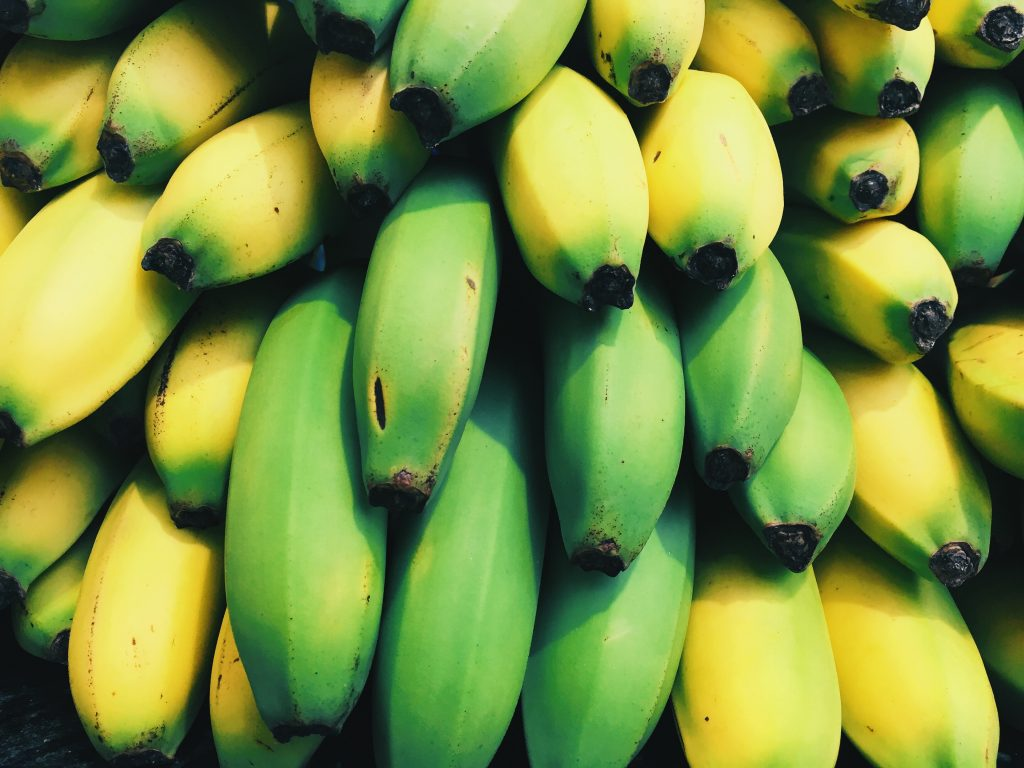 Bananas don't pose any side effects when eaten in moderation